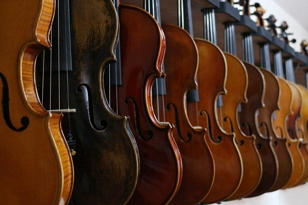 A Rodolphe Kreutzer Stradivarius violin can be valued as high as $10 million. (Source)