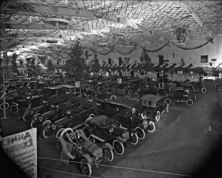 Paris motor show 1