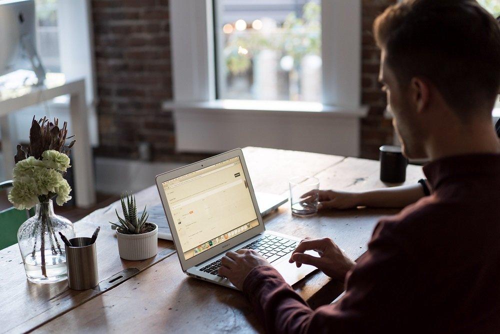 8 key factors that decrease business productivity
