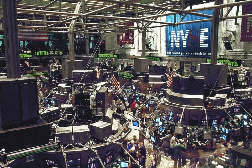 U.S. stock markets stable, gold might drop due to employment rate