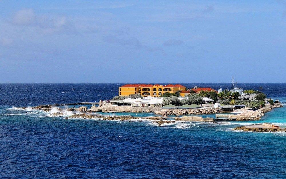 Curaçao - a budget-friendly tropical paradise for spring break
