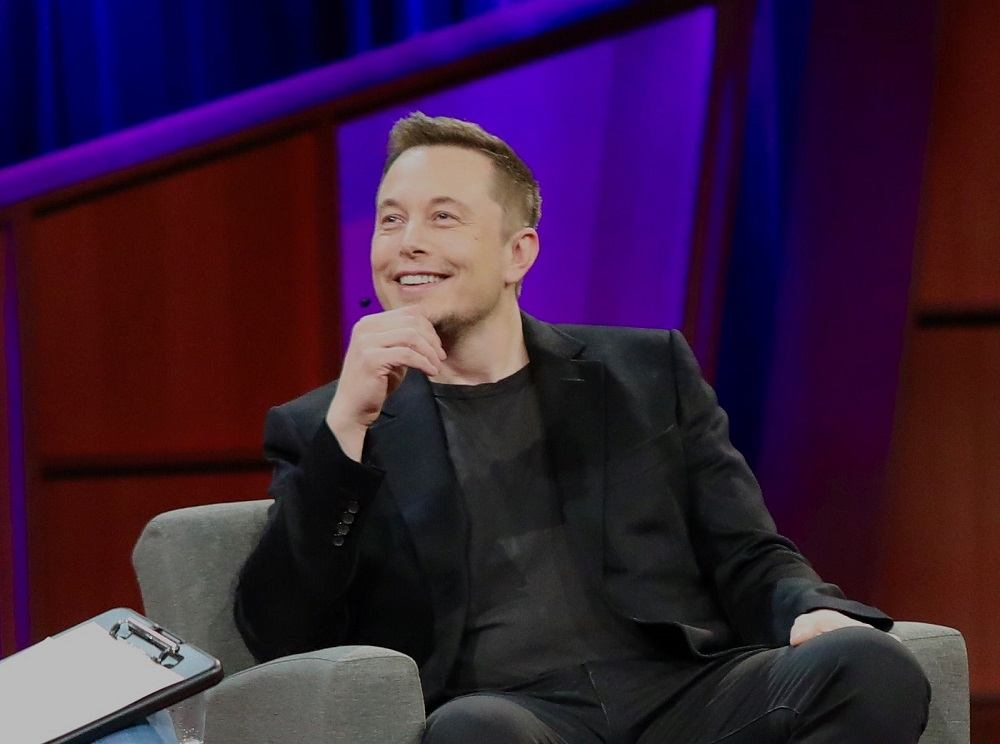 How does Elon Musk manage his time around so many businesses