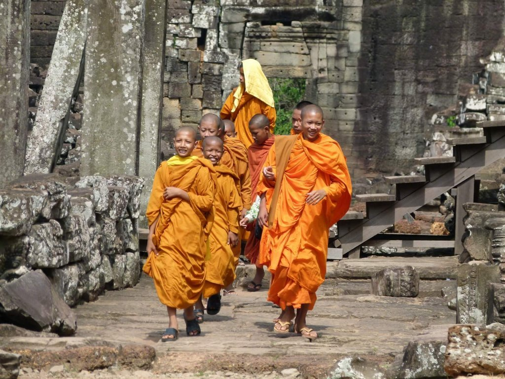 Citizen journalism: Cambodian monks