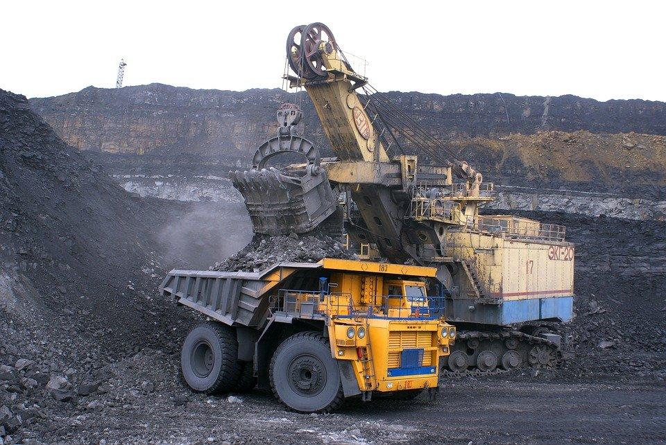 Mining dumpster truck, Mining rights moratorium