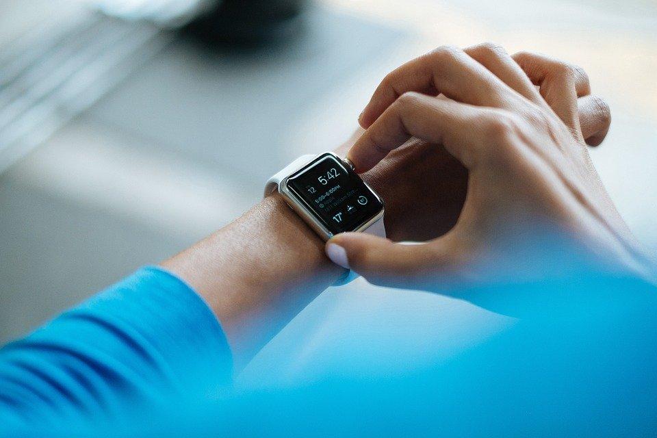 smartwatch Swiss watch brands