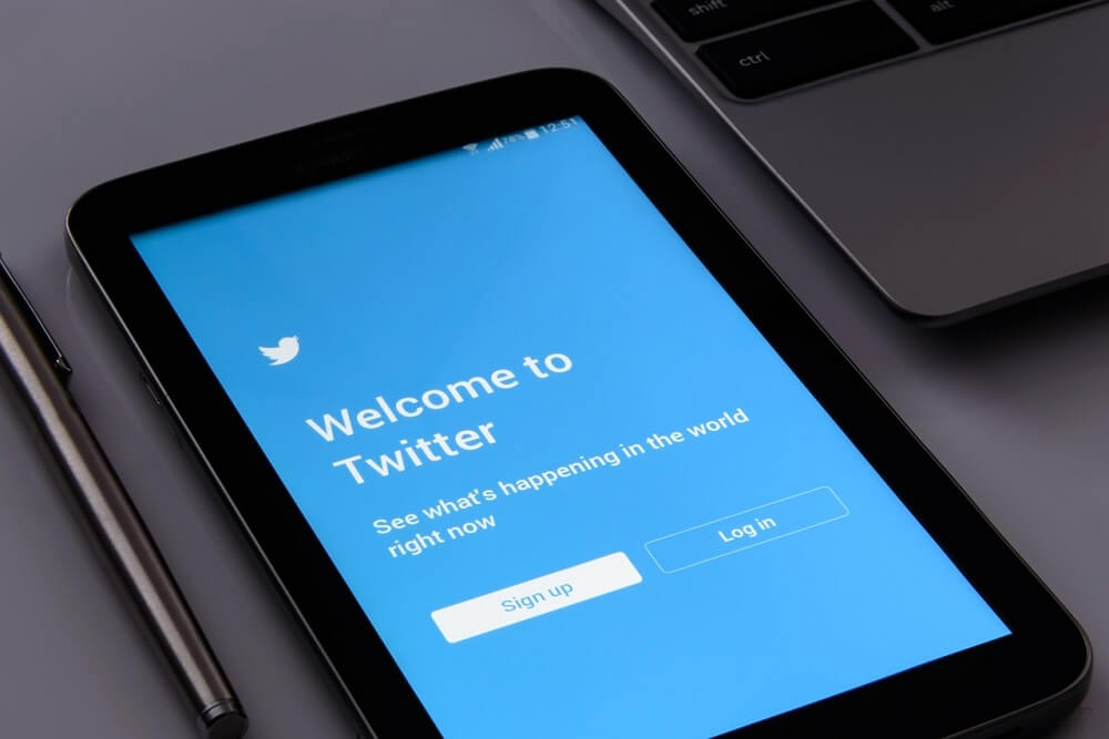 How to expand your business exposure through Twitter