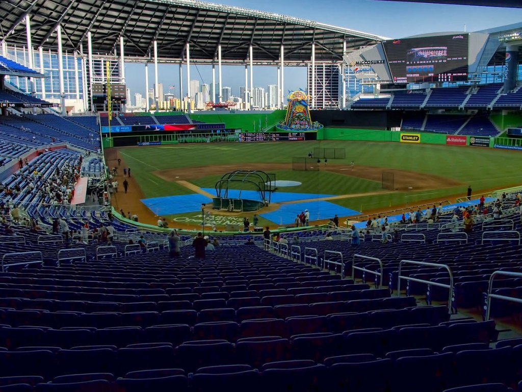 Miami Marlins stadium sports and entertainment