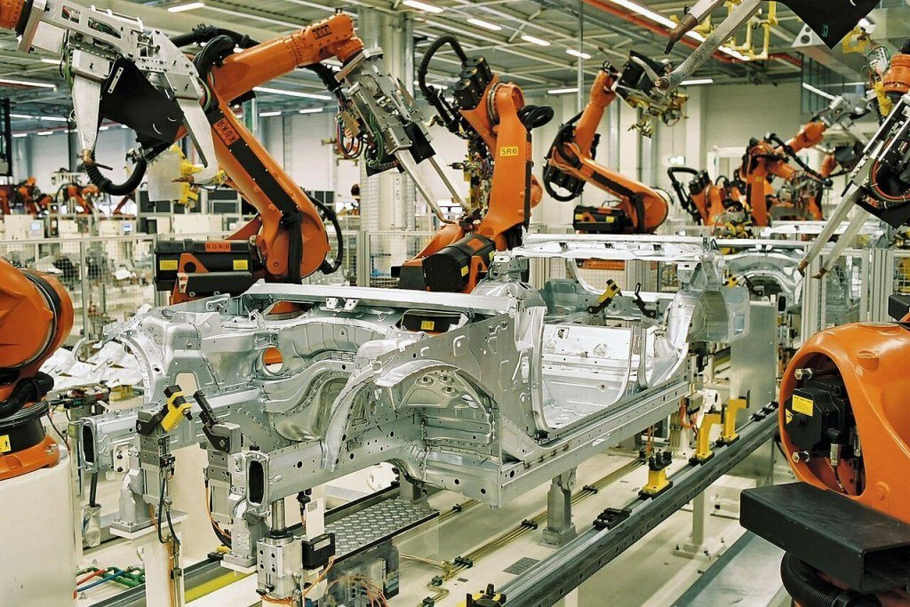 Robots welding a car, Manufacturing energy costs