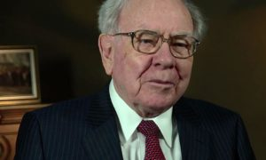 warren buffett cash