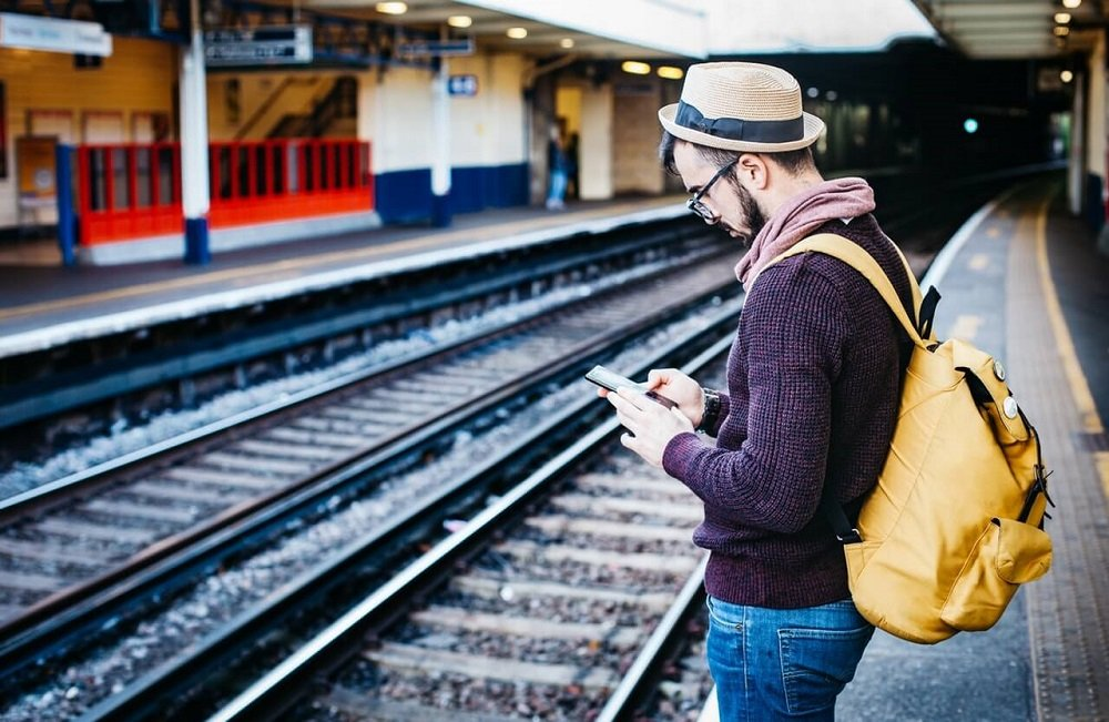 How to remain safe on the Internet while traveling
