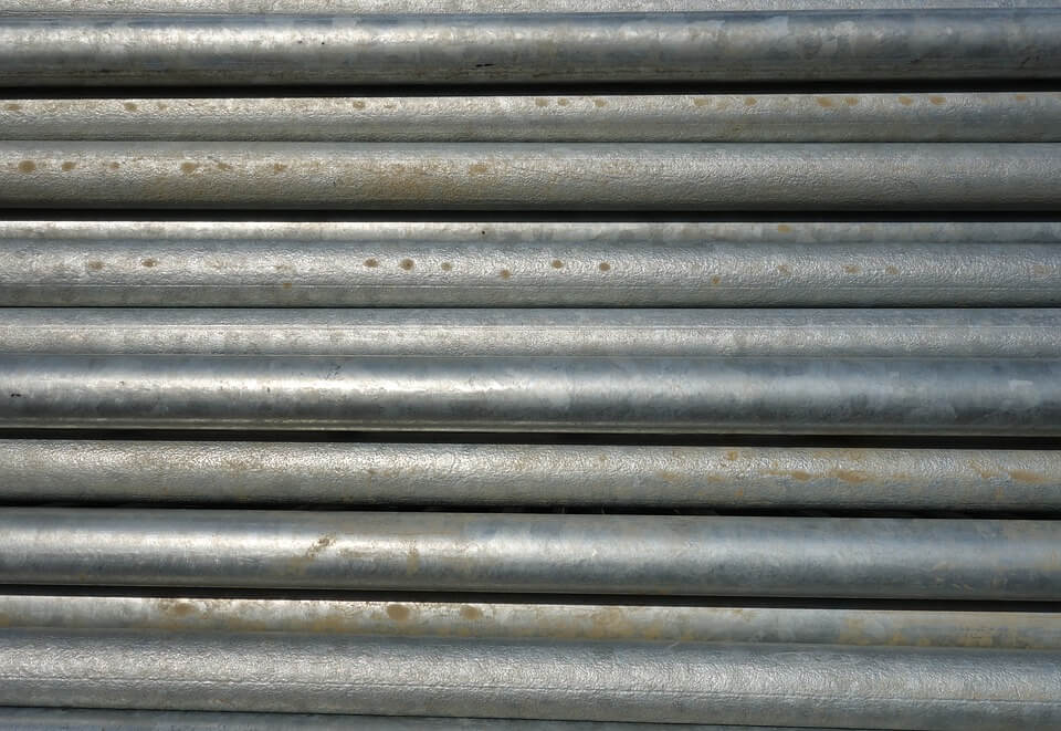 Metal pipes: importance of zinc
