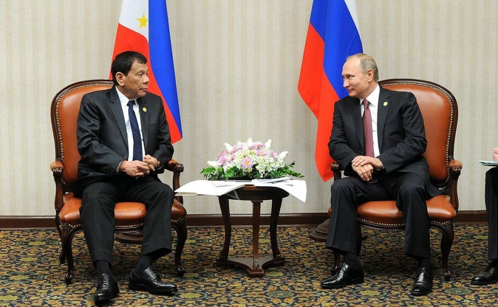 Rodrigo Duterte with Vladimir Putin.