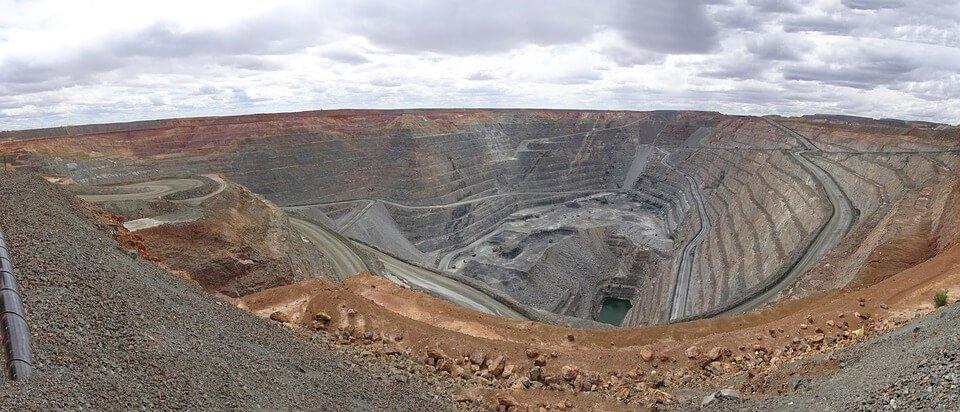 gold mine mining companies