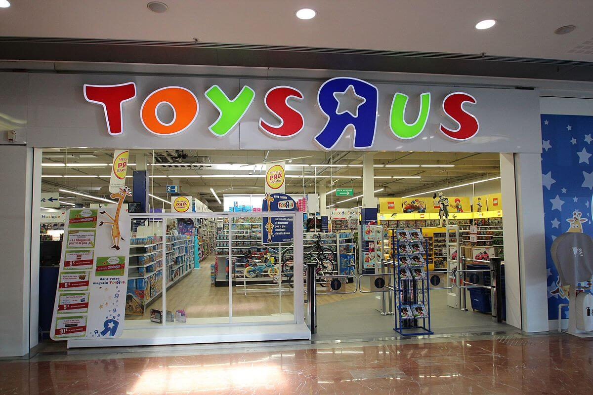 "$20 Toys""R""Us eGift card; Toys""R""Us. For more than 60 years, Toys""R""Us has been helping kids be kids and grown-ups to revisit their childhoods by providing one of the largest selections of top-brand toys, electronics, games and everyday baby movieboxapp.ml: $"