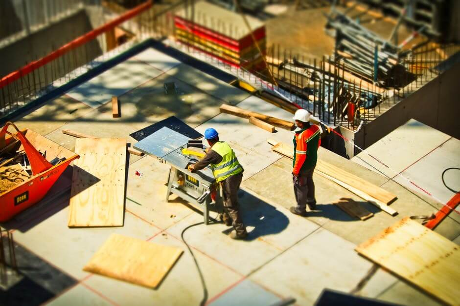 real estate market trends: Construction workers
