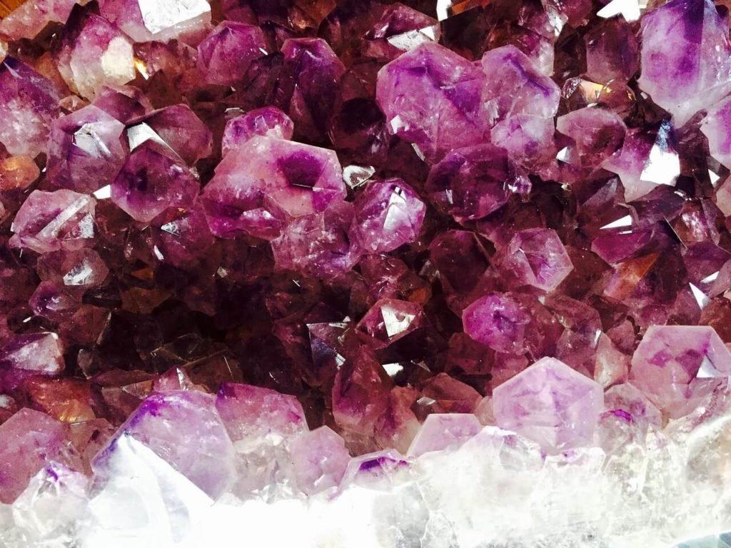 Gemstone market