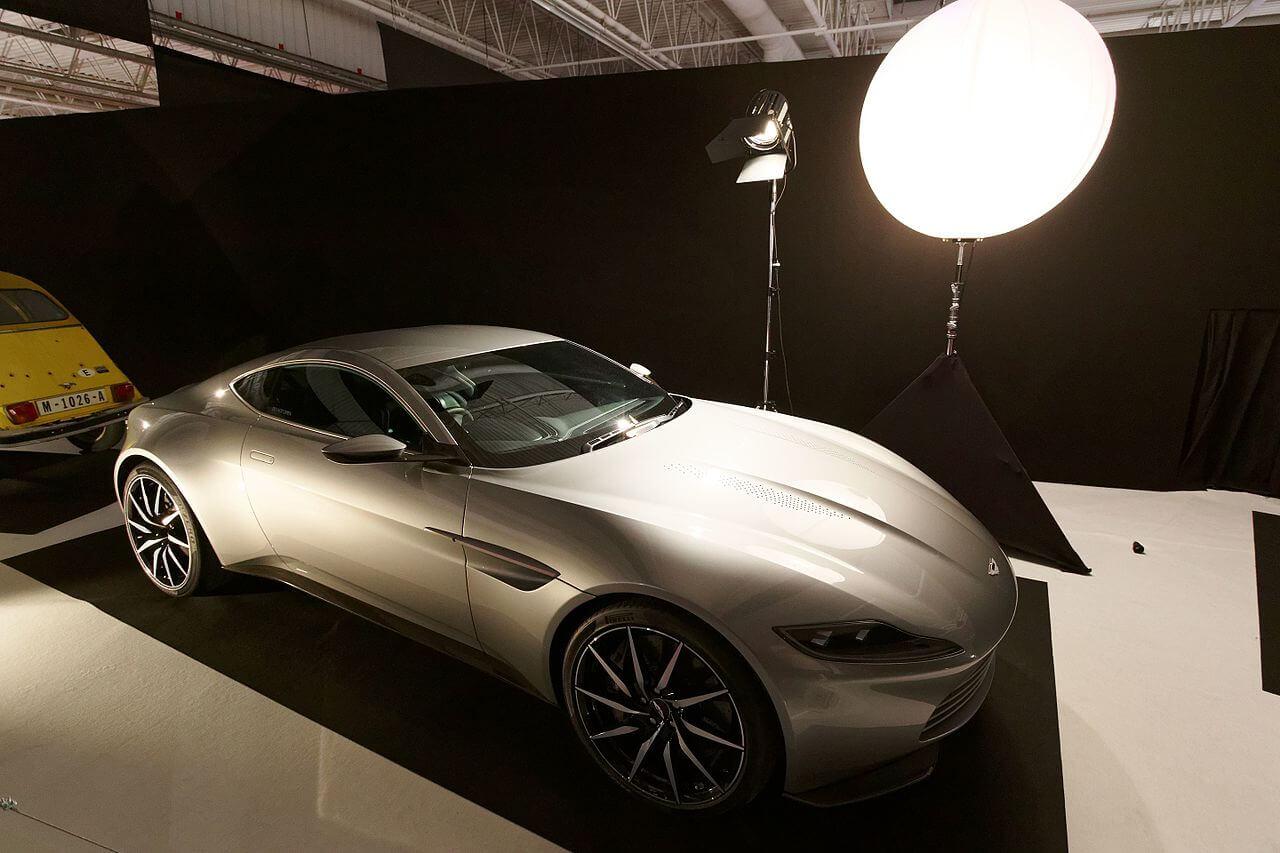 2014 Aston-Martin DB10