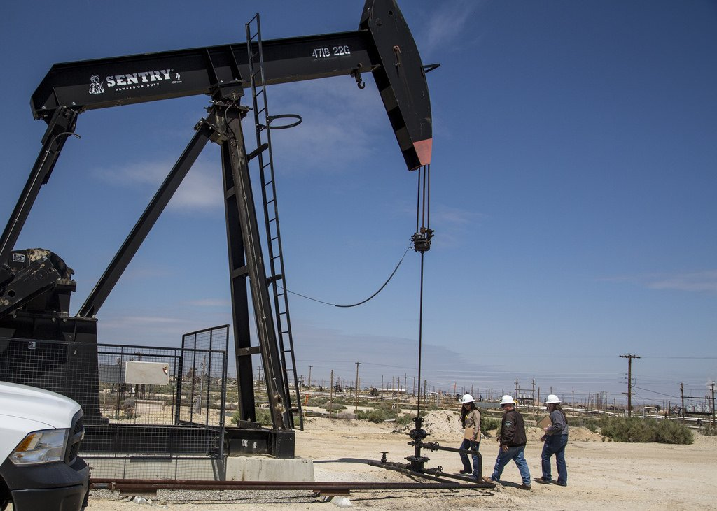 How the oil and gas industry would fare in 2018 - Born2Invest