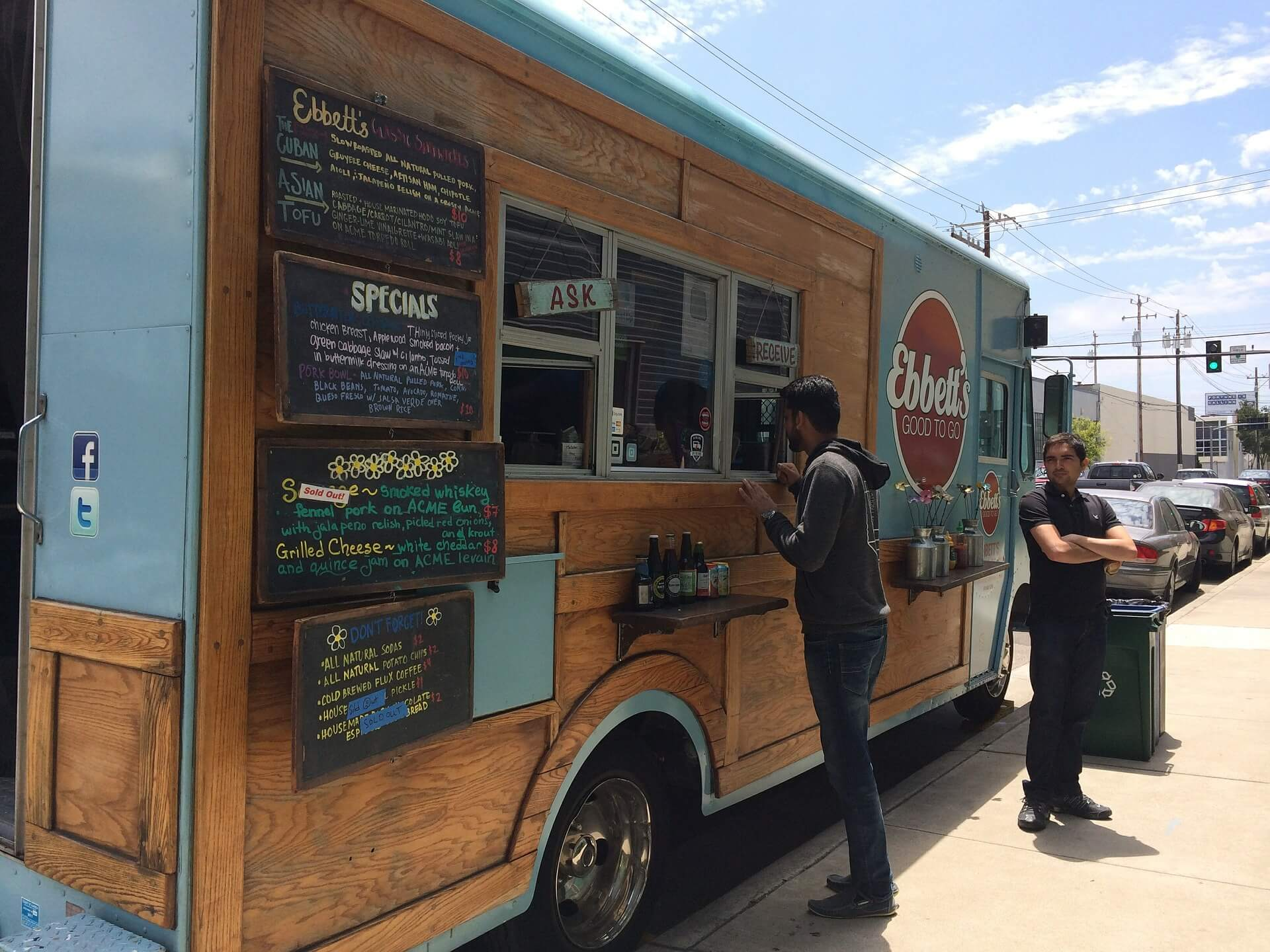 Owning And Running A Food Truck From Being Your Own Boss To Having The Capability Of Working Anywhere There Are Many Attractive Reasons Enter
