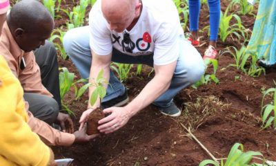 Dom Einhorn planting trees