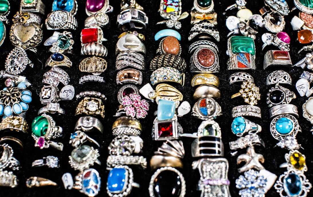 fea5418a8 Value shopping: How to find a great deal on jewelry