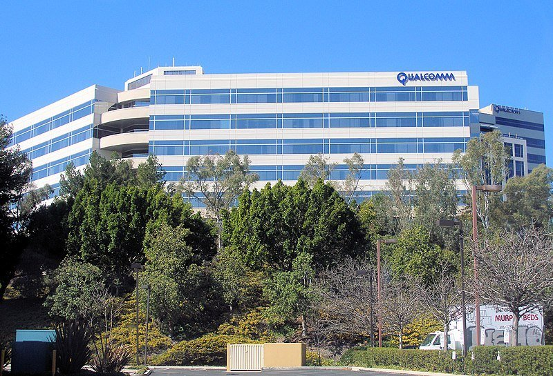 Qualcomm, the San Diego-based chipmaker is currently accused of excessively charging clients on patent royalties. (Photo by Coolcaesar via Wikimedia Commons. CC BY-SA 3.0)
