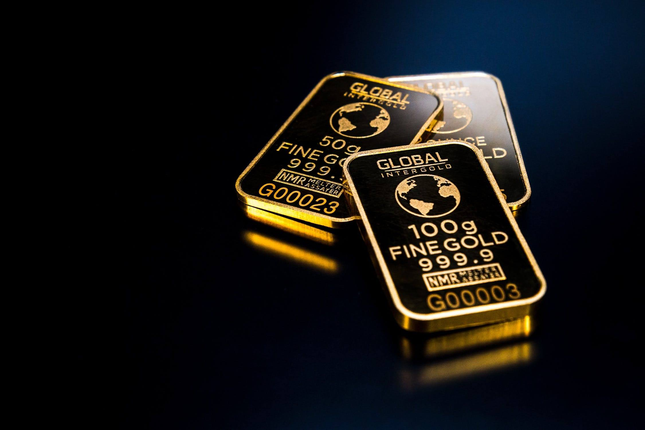 Gold and silver poised for higher prices  Dow Jones still volatile 544b949ebe112