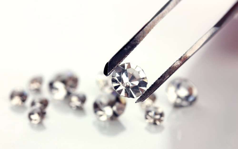 Customers can now certify diamonds using Canadamark™ certification under the partnership of Mountain Province Diamonds Inc. with Dominion Diamond Mines (Photo by DepositPhotos)