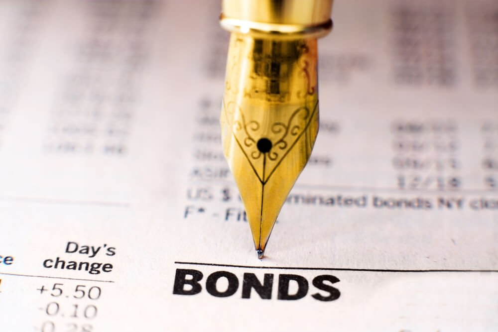 Bonds work on an individual basis. Investors get paid in proportion to the money that they have invested.