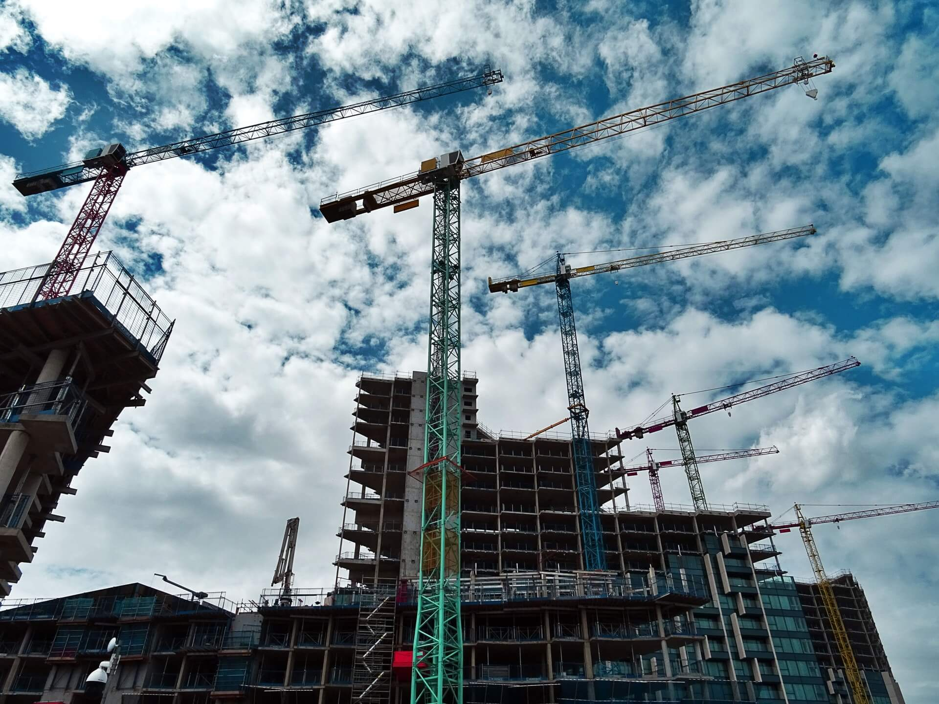 6 problems the construction industry should resolve - Born2Invest