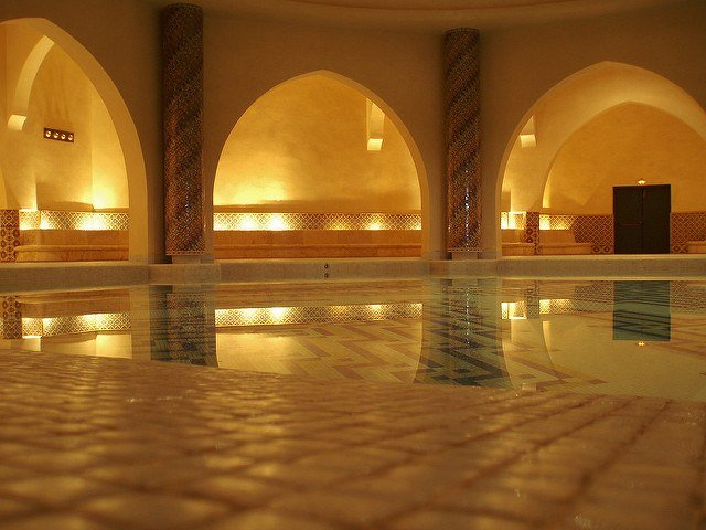 No trip in Fez would be complete without taking a dip at the Hammam. (Photo by David Holt via Flickr. CC BY-SA 2.0)