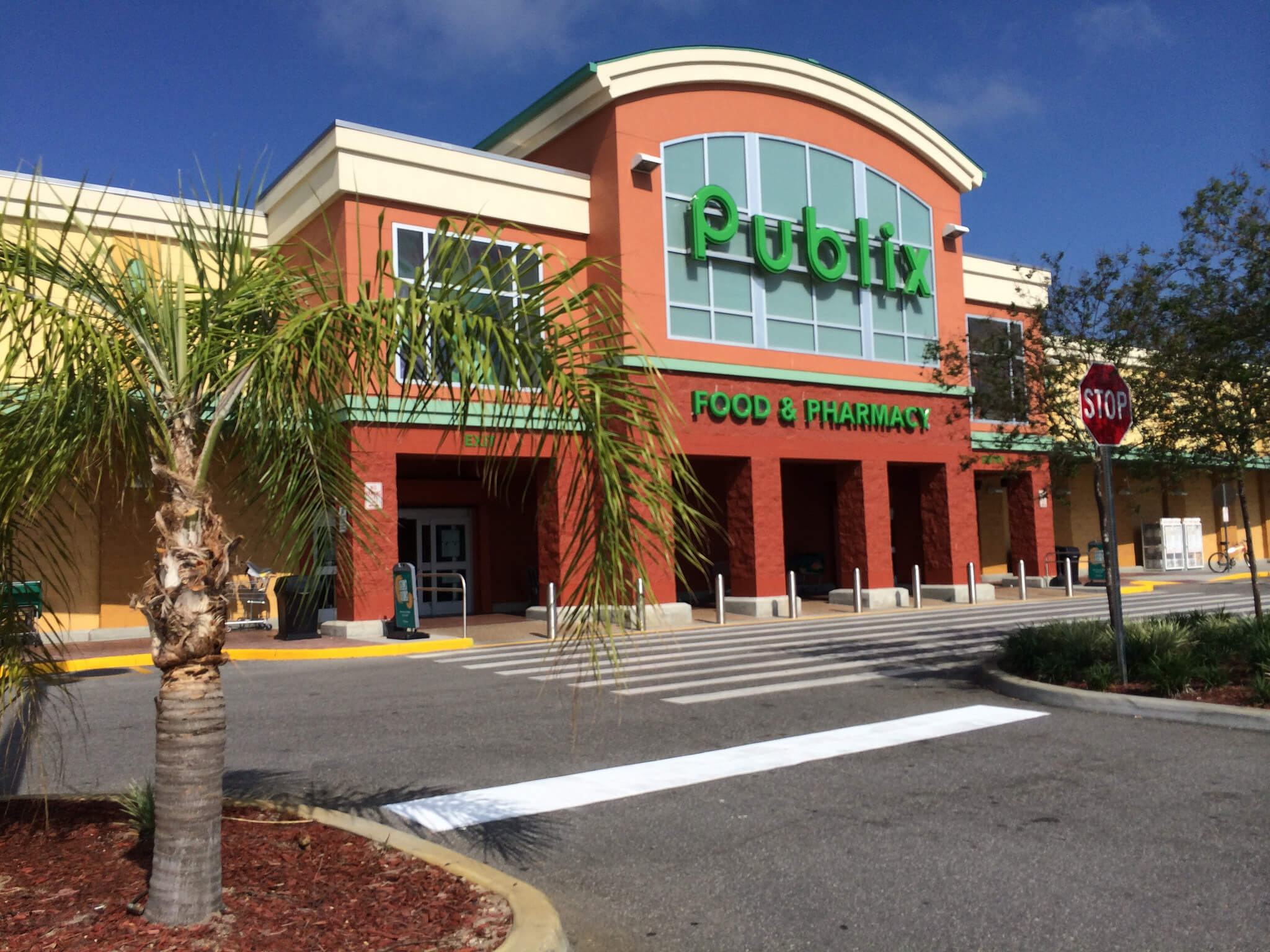 Publix Super Markets gives back by partnering with hunger