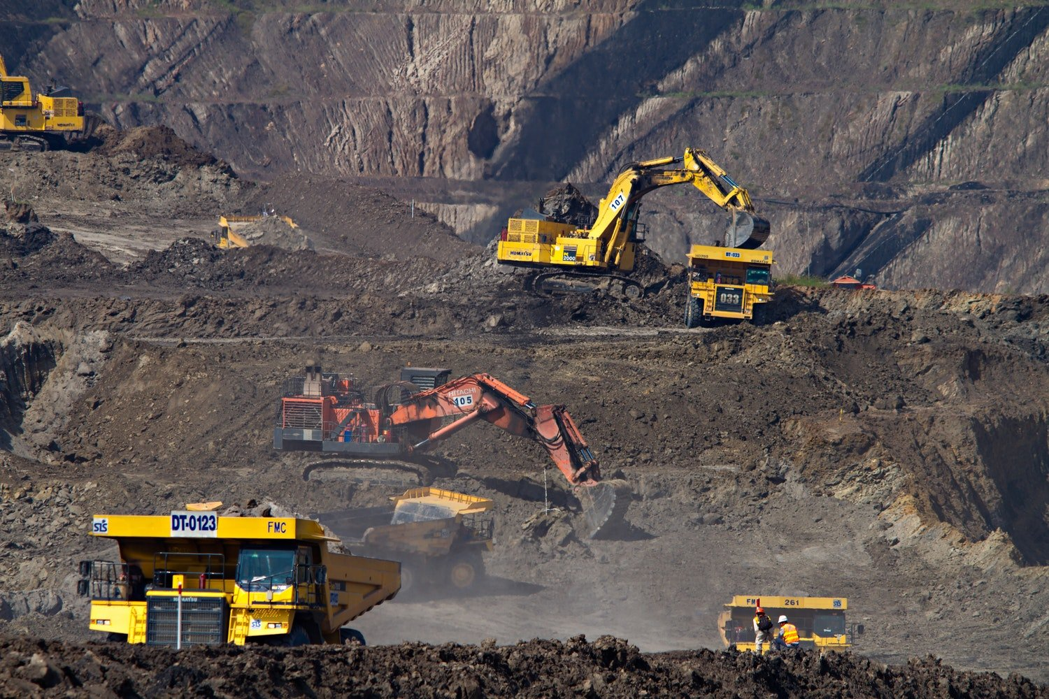 Vietnam government wants to ban raw minerals export