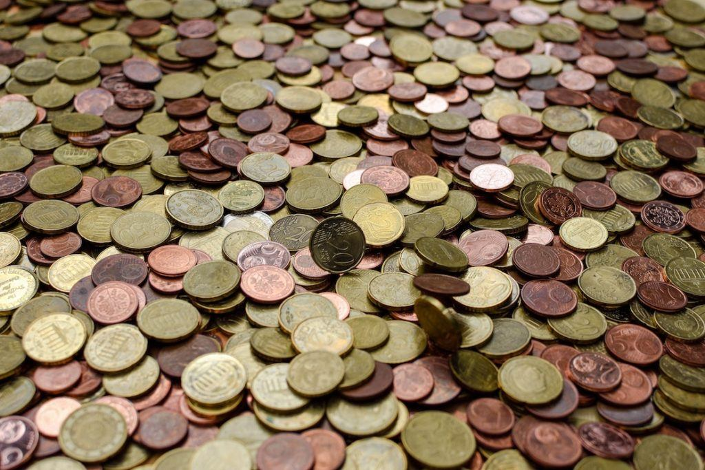This picture show a pile of coins.