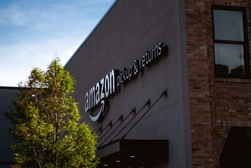 This picture show an Amazon warehouse.