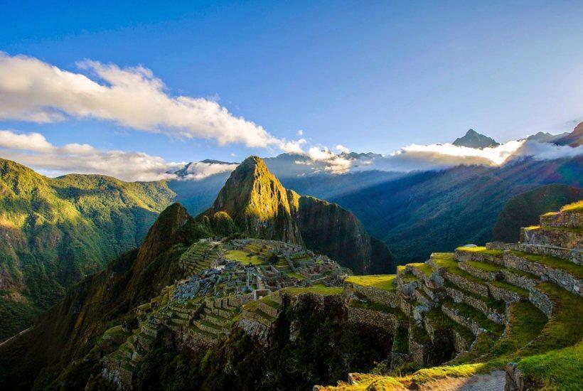 This picture show the ruins of Machu Picchu in Peru.