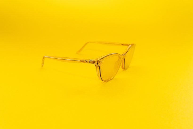 This picture show a pair of gold frame lens.
