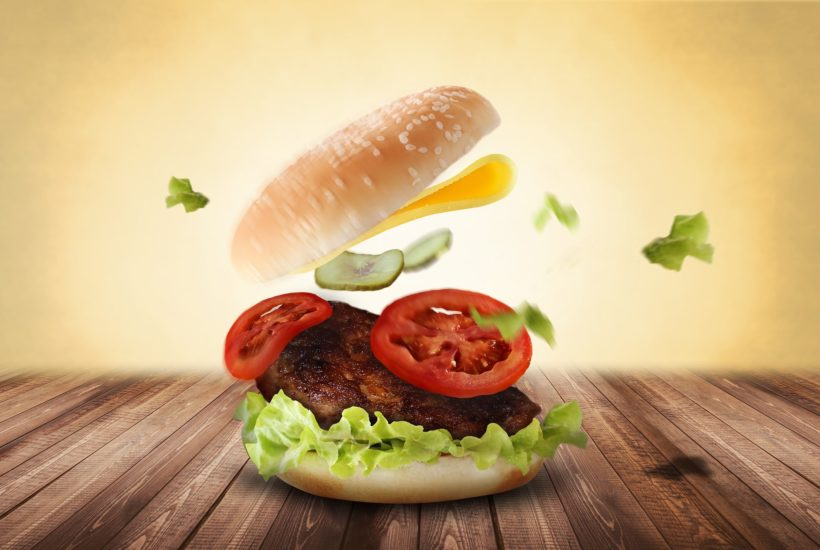 This picture show a hamburger.