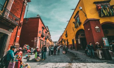 This picture show a town in Mexico.