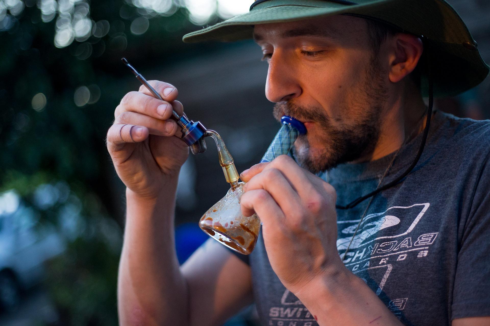 Что курят у марихуаны не зацветает конопля почему