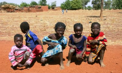 This picture show some african children.