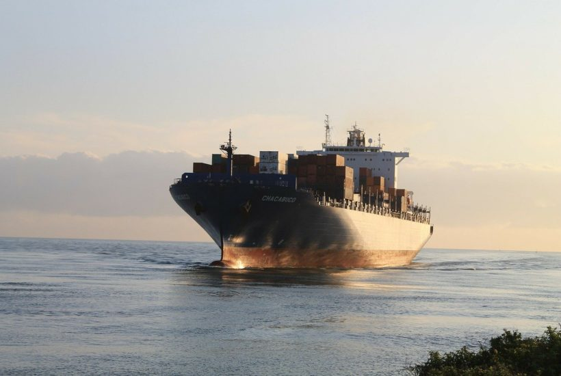 This picture show a cargo ship.