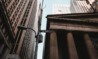 This picture show the Wall Street building.