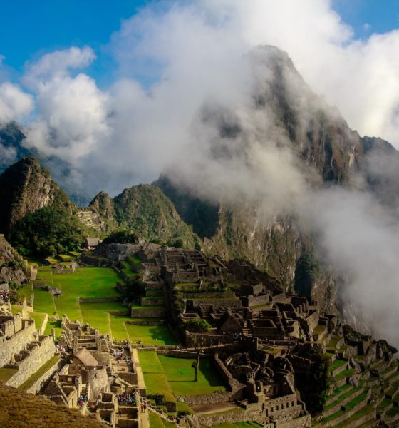 This picture show the ruins of Machu Pichu.