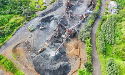 This picture show some mining machines.