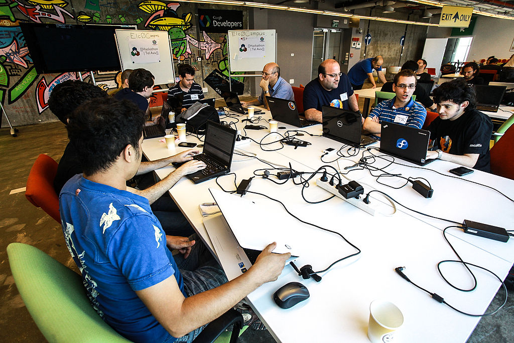 Before XRApplied, VR and AR development required a giant team of developers, even for relatively simple applications.